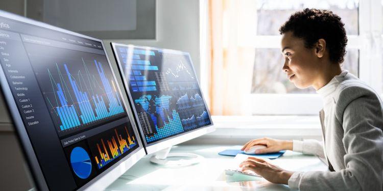 4 Types of Data Analytics to Improve Decision-Making