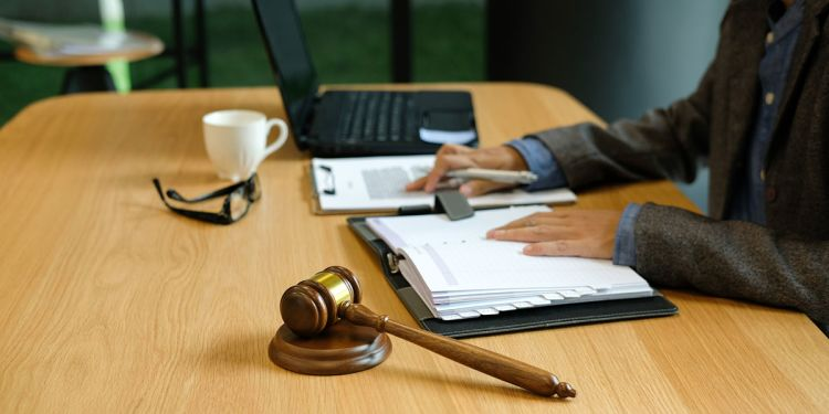 New Online Course Helps Lawyers Leverage Finance to Win Big for Their Clients
