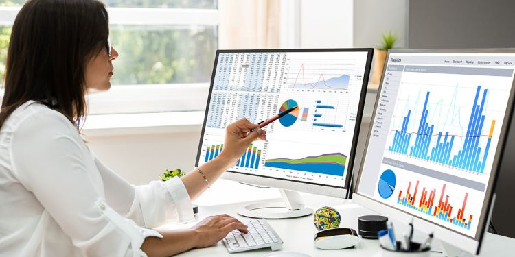 What's the Difference Between Data Analytics & Data Science?