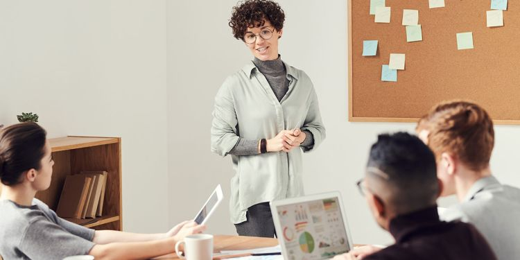 3 Common Leadership Styles & How to Identify Yours