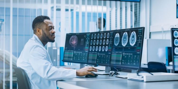 3 Applications of Data Analytics in Health Care
