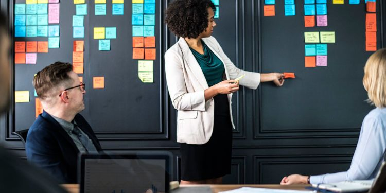 6 Characteristics of an Effective Leader