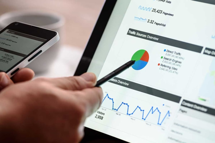 Is an Online Business Analytics Course Worth It?