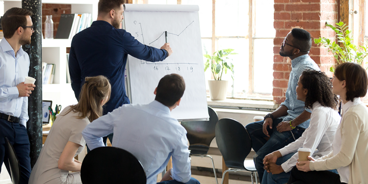 Why Managers Should Involve Their Team in the Decision-Making Process
