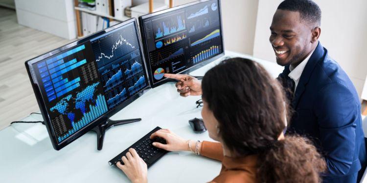 5 Business Analytics Skills for Professionals