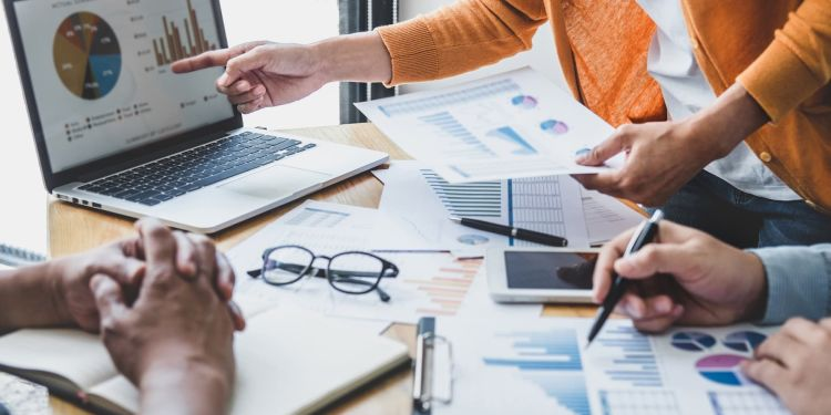 8 Financial Accounting Skills for Business Success